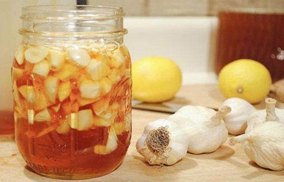 Med a citron, naplněný jablečným jablečným octem